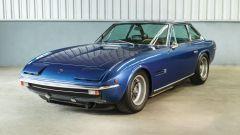 Lamborghini Islero: l'elegante 4 posti in blu scuro