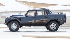 Lamborghini LM 002: il profilo da pick-up