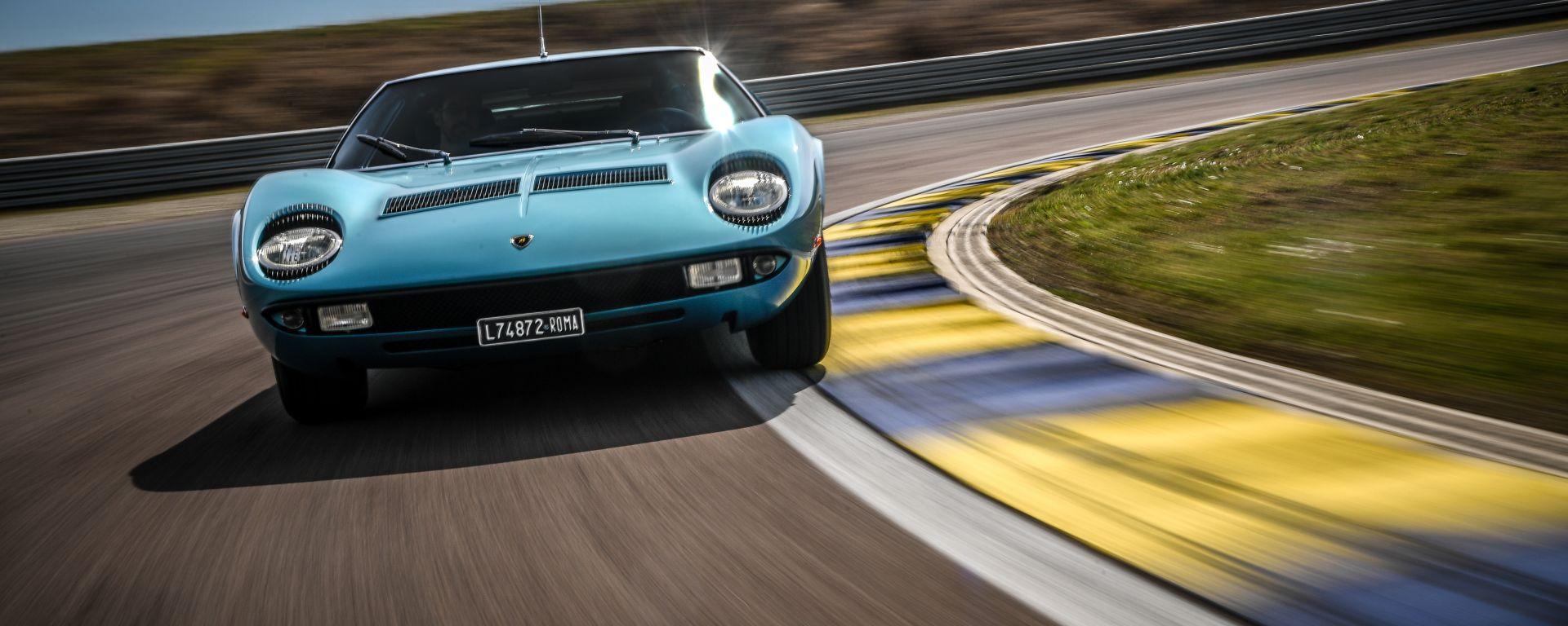 Lamborghini Miura S del cantante Little Tony, vista frontale