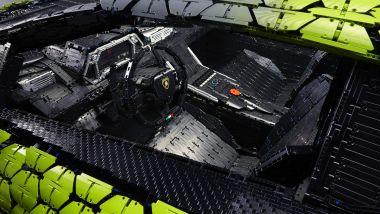 Lamborghini Siàn FKP 37 fatta coi LEGO in scala 1:1, panoramica degli interni