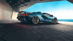 Lamborghini Sian Roadster: colore esterno Blu Uranus, cerchi Oro Electrum