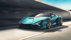 Lamborghini Sian Roadster: fino a 130 all'ora è disponibile l'energia immagazzinata con la frenata rigenerativa