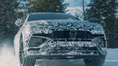 Lamborghini Urus: dopo sabbia e deserto, ecco la neve - Immagine: 3