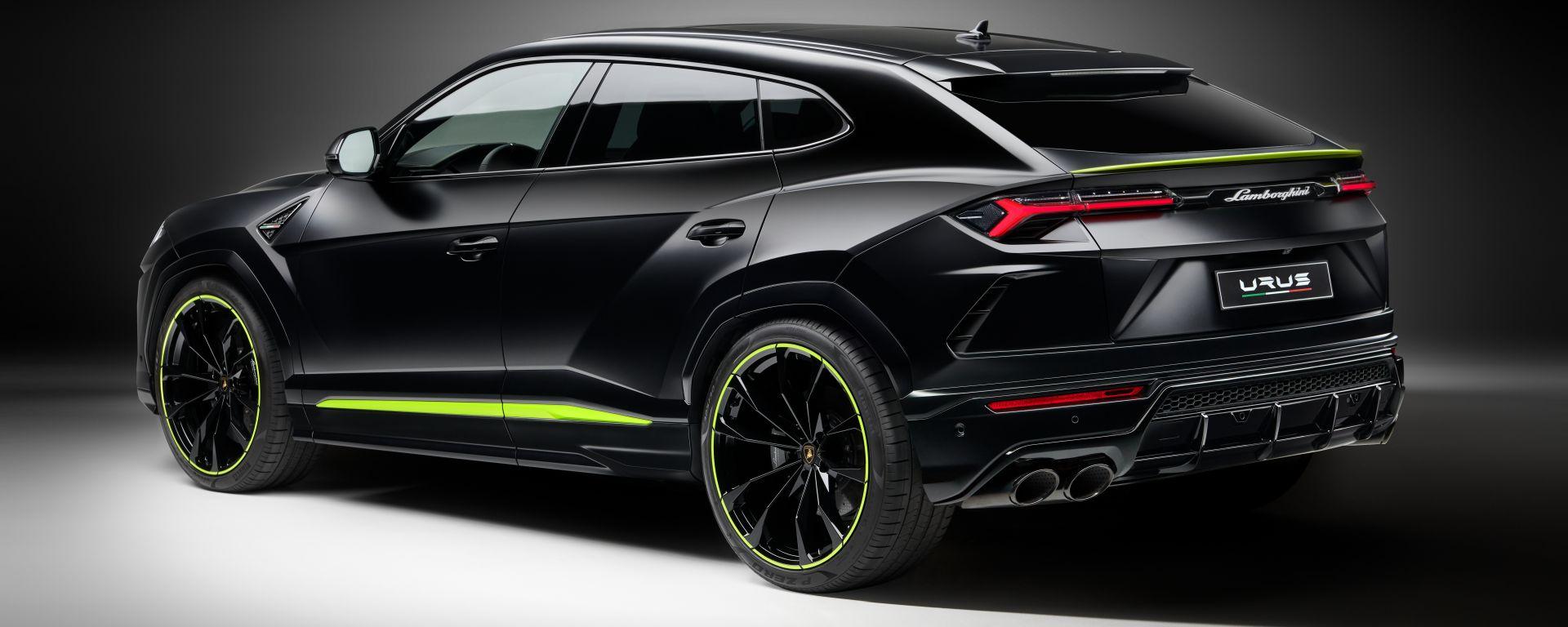 Lamborghini Urus Graphite Capsule 2021: 3/4 posteriore