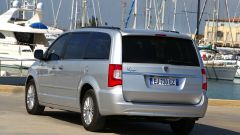 Lancia Voyager: prova e test in video - Immagine: 6
