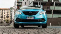 Lancia Ypsilon Ecochic 1.0 Hybrid Maryne, il frontale
