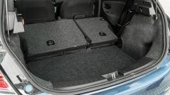 Lancia Ypsilon Hybrid Ecochic 2021: con gli schienali abbassati si crea uno scalino
