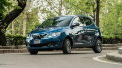 Lancia Ypsilon Ecochic Hybrid 2021: prova, prezzi, consumi, opinioni