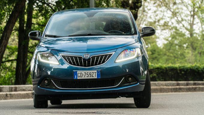 Lancia Ypsilon Hybrid Ecochic 2021: le novità riguardano soprattutto il frontale