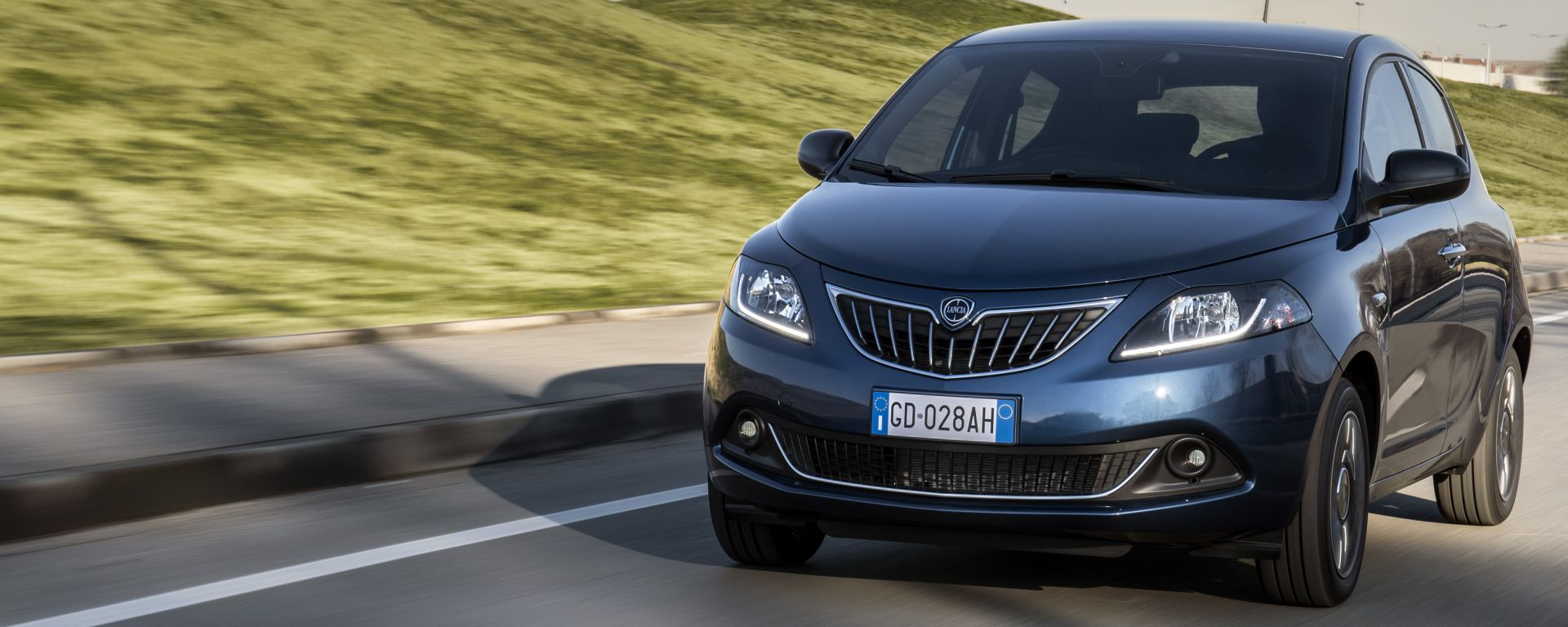 Lancia Ypsilon MY21