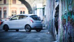 Lancia Ypsilon Mya e i murales del Leoncavallo a Milano