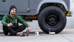 Land Rover Defender Art 110: opera d'arte sotto copertura - Immagine: 26