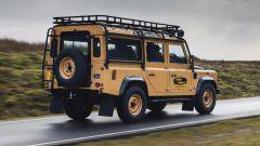Land Rover Classic: il 4x4 inglese nella classica livrea gialla