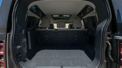 Land Rover Defender 100, il bagagliaio
