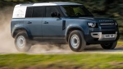 Nuova Land Rover Defender 90 e 110 Hard Top: offroad van