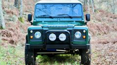 Land Rover Defender 110: il frontale
