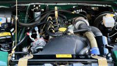 Land Rover Defender 110: il motore originale è stato ripristinato ma è l'originale 2.5 litri a gasolio