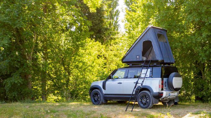 Land Rover Defender 110: la tenda da tetto di Autohome