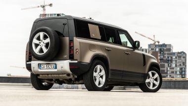Land Rover Defender 110 P400 First Edition, da 85.200 euro