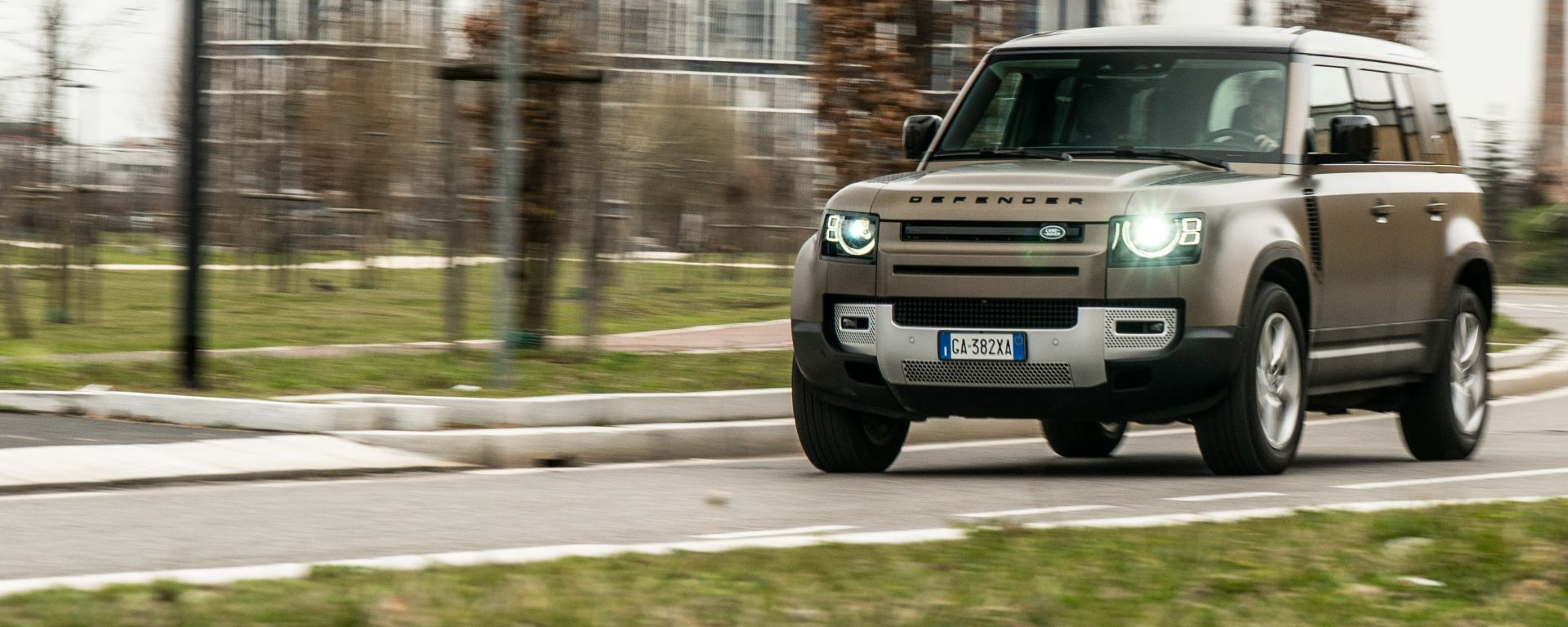 Land Rover Defender 110 P400 First Edition