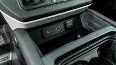 Land Rover Defender 110 P400: da fuoristrada a SUV, ma è sempre lei - Immagine: 19