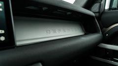 Land Rover Defender 110 P400: da fuoristrada a SUV, ma è sempre lei - Immagine: 21