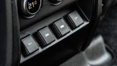 Land Rover Defender 110 P400: da fuoristrada a SUV, ma è sempre lei - Immagine: 33