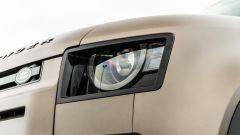 Land Rover Defender 110 P400: da fuoristrada a SUV, ma è sempre lei - Immagine: 47