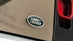 Land Rover Defender 110 P400: da fuoristrada a SUV, ma è sempre lei - Immagine: 58