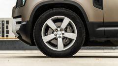 Land Rover Defender 110 P400: da fuoristrada a SUV, ma è sempre lei - Immagine: 66