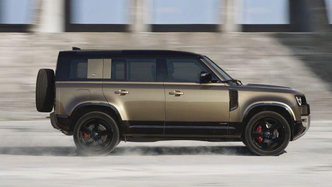 Land Rover Defender 110: presto non sarà più lei l'ammiraglia