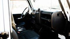 Land Rover Defender 130 Restomod: gli interni