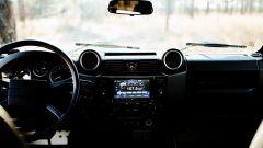 Land Rover Defender 130 Restomod: la plancia