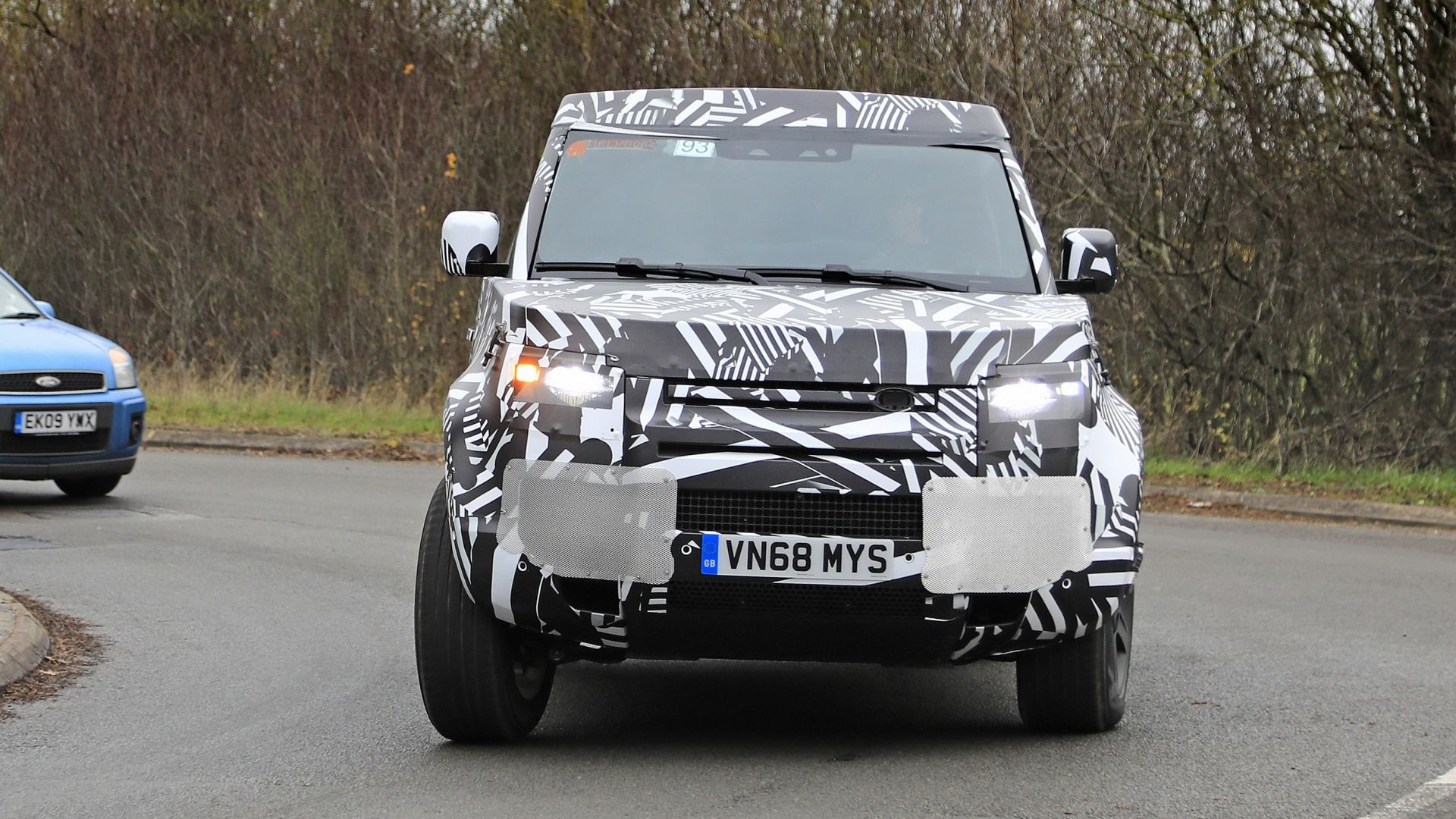X Lg on Land Rover Discovery Sport