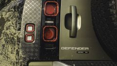 Land Rover Defender 2020, fari posteriori
