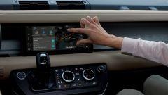 Land Rover Defender 2020, infotainment di nuova generazione