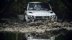 Land Rover Defender 2020, l'offroad è il suo habitat naturale