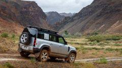 Land Rover Defender 2020 posteriore