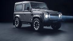 Land Rover Defender 90 aggiornata con i pacchetti Land Rover Classic