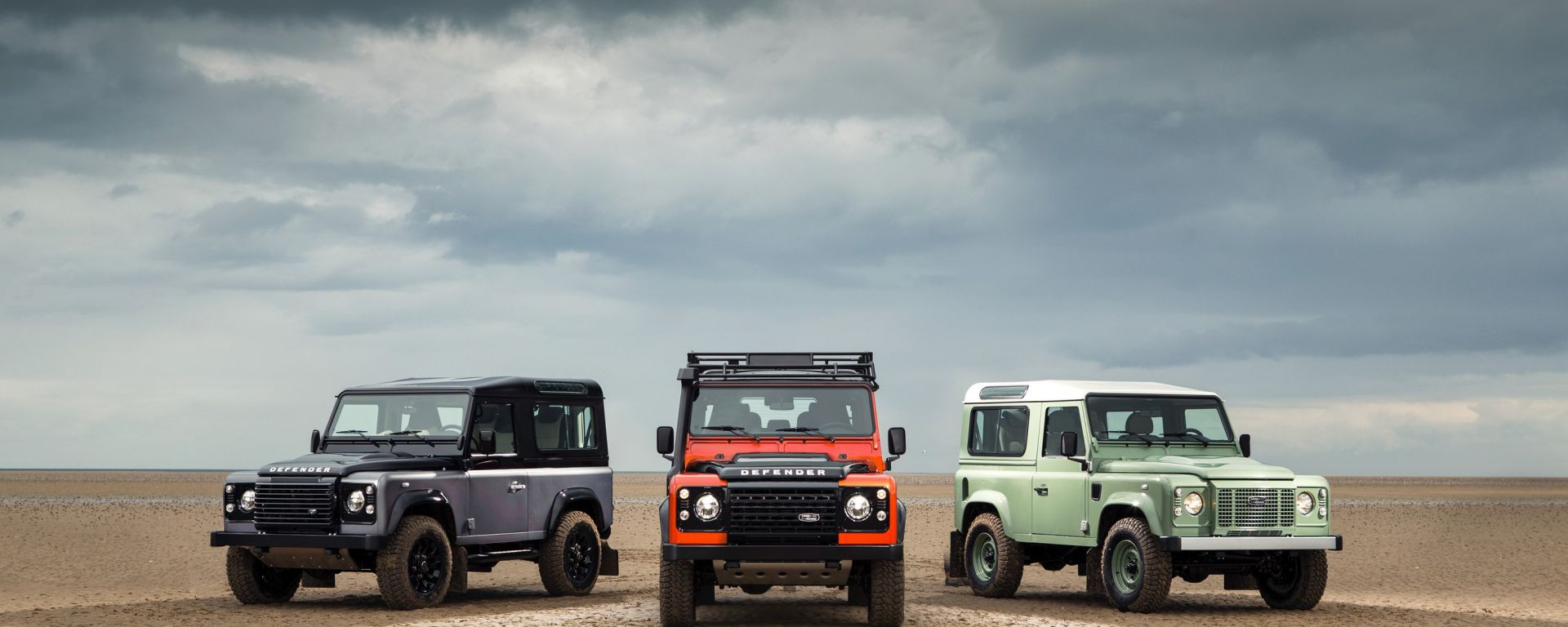 Land Rover Defender: addio in tre atti