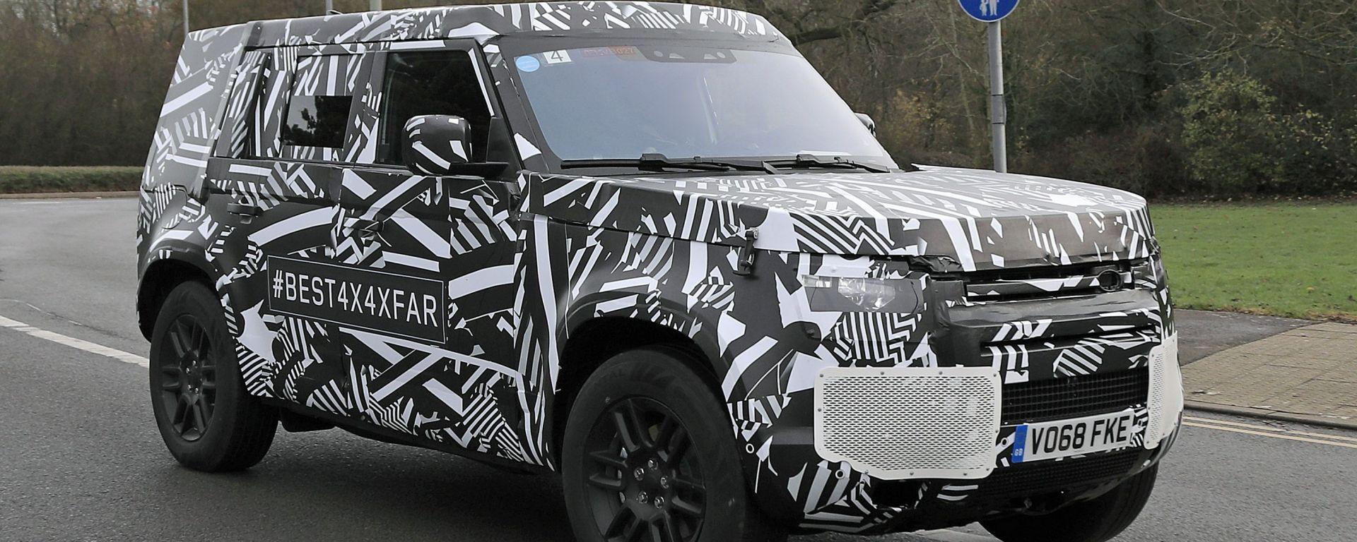 Land Rover Defender: ecco le prime immagini della versione di serie, ancora avvolta dalle camuffature