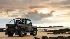 Land Rover Defender: nel 2013 si cambia - Immagine: 19