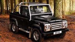 Land Rover Defender: nel 2013 si cambia - Immagine: 12