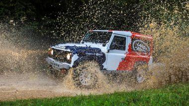 Land Rover Defender SVR: un modello di Defender creato da Bowler