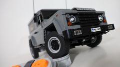 Land Rover Defender: se non puoi averla, fattela con i Lego - Immagine: 5