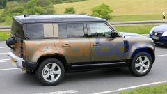 Land Rover Defender V8 2021 potrebbe essere declinata anche in versione Defender 90