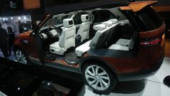 Land Rover Discovery 2017, abitacolo
