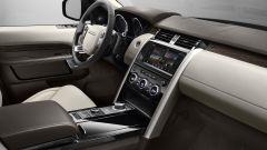 Land Rover Discovery 2017, gli interni