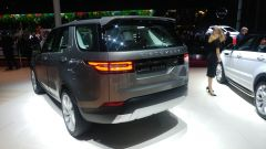 Land Rover Discovery 2017, posteriore