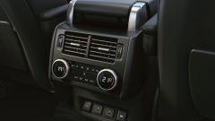 Land Rover Discovery 2020: comandi del clima per i sedili posteriori